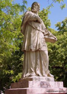 Fejtörő 4.: Boldog Özséb szobra