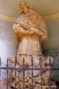 Fejtörő 5.: Nepomuki  Szent János szobra