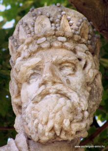 Fejtörő 6: Szent László szobor
