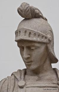 Fejtörő 17: Szent Flórián szobra