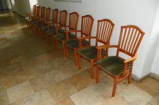 2011-02-03 Jegyzők székei