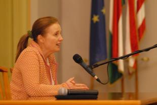 2011-02-21 Közakaratot a döntéshozatalba
