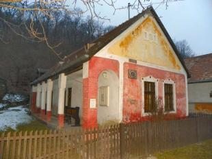 2011-03-02 Vizesedik a falumúzeum Pilisszentléleken