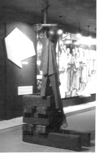 Fejörő 52: Mártír emlékmű (eredeti) Auschwitz