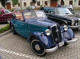 2011-07-02 Egy DKW a VII. Esztergomi Veteránjármű Találkozón