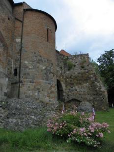 2011-07-09 Látogatható a vár Lipót-terasza