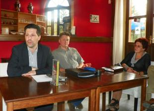 2011-09-29 Kávéházi beszélgetés Schiffer Andrással