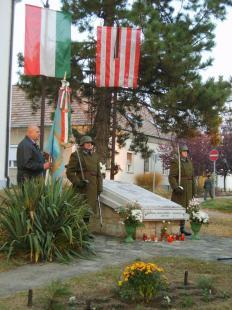 2011-11-01 Koszorúzás Szentgyörgymezőn - Megemlékezés a II. világháború áldozataira