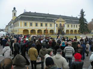 2011-11-25 Kiflicsücskös tüntetés