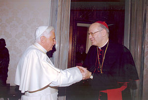 XVI. Benedek pápa és Erdő Péter bíboros mai találkozója