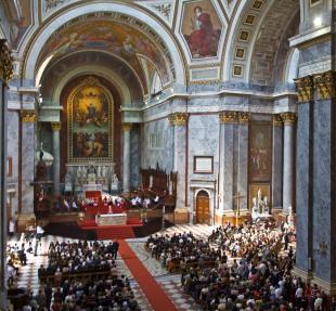 2012-05-27 Pünkösdvasárnapi mise a Bazilikában
