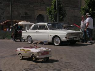 2012-06-30  VIII. Esztergomi Veterán Jármű Találkozó
