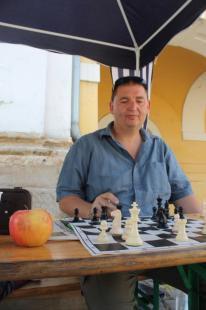 2012-07-05 Harmincórás sakkjátszma az Esztergomi Sakk Clubért