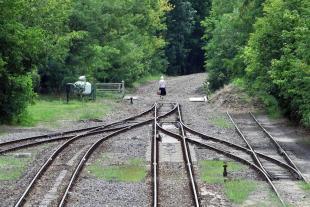 2012-07-24 Felszedett vasúti sínek Piliscsabán