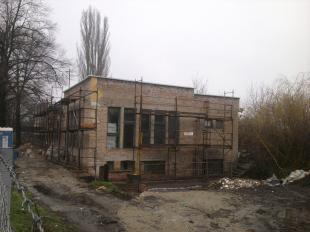 MÁV-os épületek felújítása a vasútállomás közelében