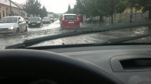 Árvízre eső (Fotó: Törőcsik Rita)