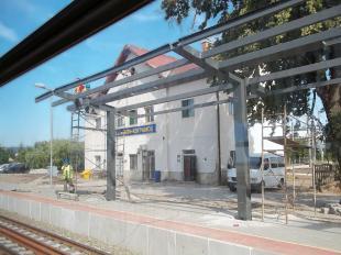 A kertvárosi vasútállomás új perontetője (Fotó: Faragó Ferenc)