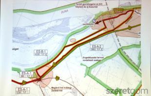 Múlt hét csütörtökön fórumot tartottak az Euro6 kerékpárútról, mely projekten belül legkésőbb 2020-ig elkészülnek az Esztergomot Visegráddal, Tát-tal, és Kertvárossal összekötő szakaszok. Emellett a mostani bicikliutat felújítják, a lehetőségek szerint kiszélesítik.