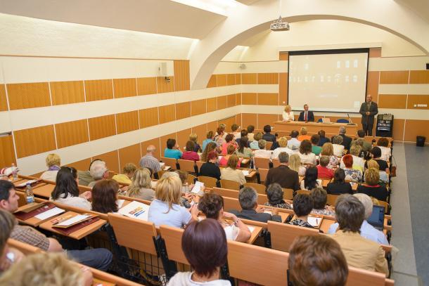 Térségi tanévnyitó konferenciát tartottak a Tanárképző Központban
