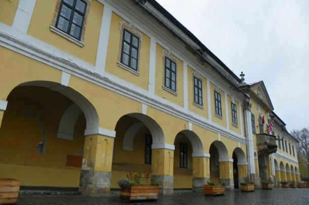 Építse Esztergomot, pályázzon városi ingatlanokra