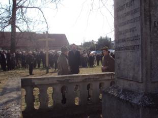 Az osztrák nagykövetség képviselője is elhelyezte az emlékezés koszorúját