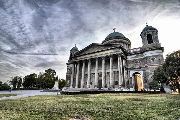 A bazilikában bemutatott szentmisével veszi kezdetét a nagyböjt