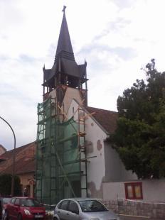 2015-09-24 Homlokzatfelújítás az evangélikus templomon