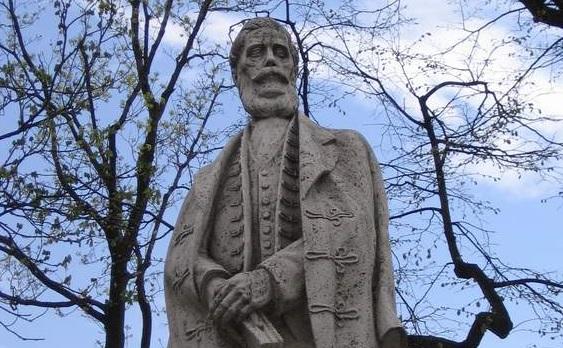 Vita a túlparton: A szlovákok kitalálója kaphat szobrot Párkányban