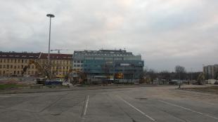 2015-11-27 Teljesen elbontották az Árpád híd autóbusz-állomást