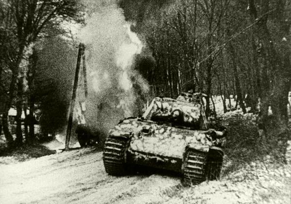 Félóránként jelentettek Esztergomról Hitlernek - Helytörténet a vérgőzös időkről III.