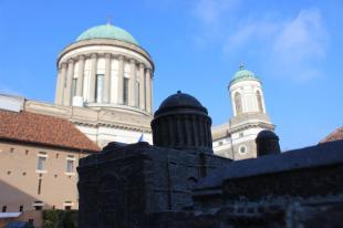 2016-01-07 Bazilika a bazilika árnyékában