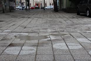2016-02-19 Pöttyös tér egy jókora égszakadás után