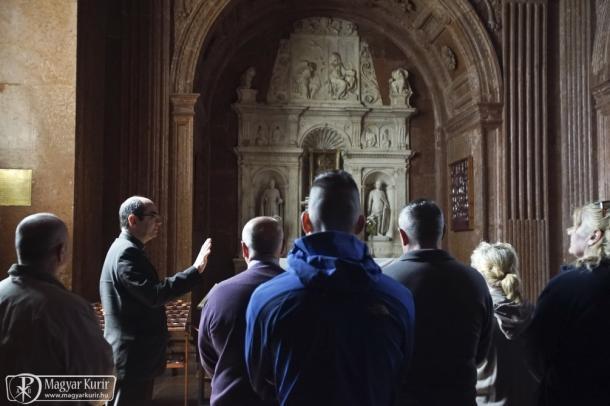 Székely János püspök fogvatartottakat látott vendégül Esztergomban