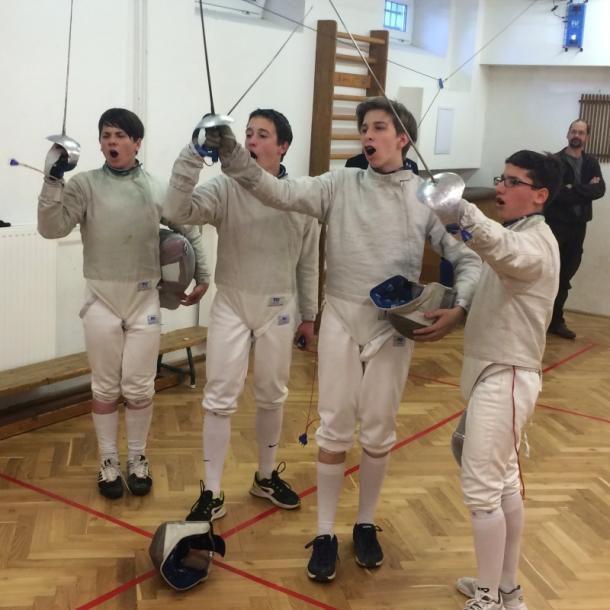 Esztergomi éremeső a vívók utánpótlás vidék bajnokságán