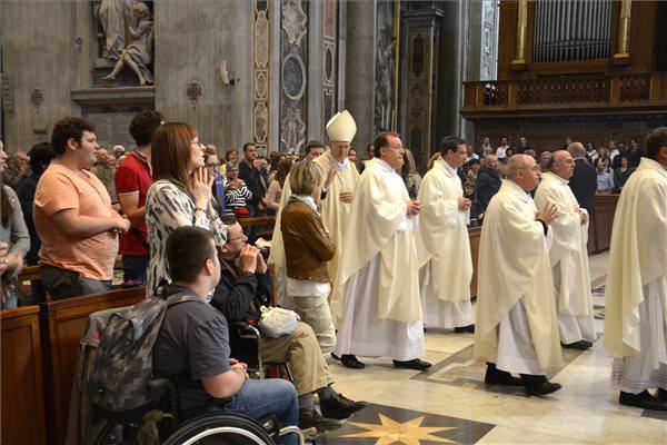 A Vatikánban misézett Erdő Péter