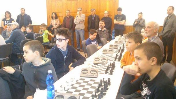 Tisztelgés az esztergomi sakklegenda előtt