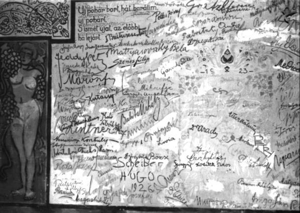 Érdekességek a Babits-féle aláírás-fal eredetijéről.