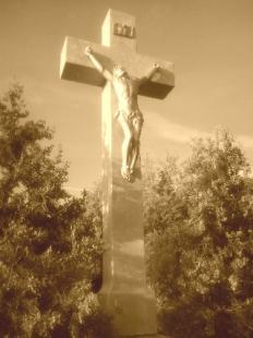 Kereszt-Rejtvény 84. felújított kereszt (2009) a Bánomi úton