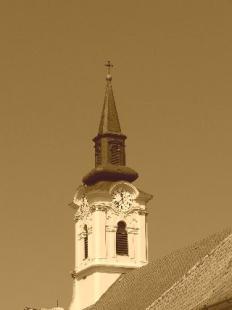 Kereszt-Rejtvény 92. A Belvárosi Szent Péter és Pál apostolokról elnevezett plébániatemplom toronykeresztje
